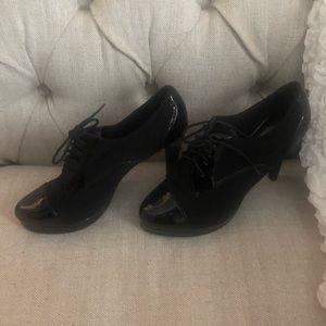 Black tie up heels